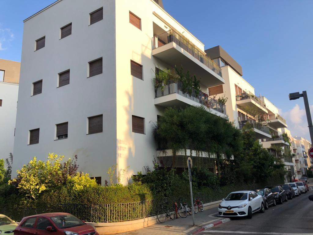 זמנהוף תל אביב